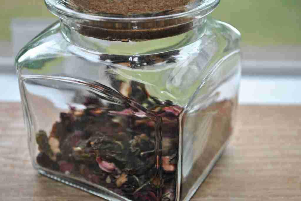 How to Dry Used Tea Leaves